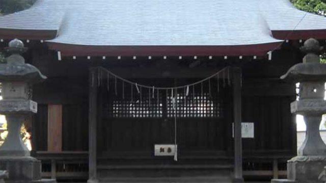 香取神社(千駄堀)- 様々な石碑が点在する神社
